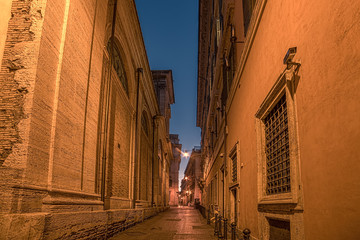 Fototapete - Rome, Italy: narrow street of Old Town