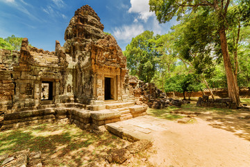 Wall Mural - Ancient gopura of Ta Som temple. Angkor, Siem Reap, Cambodia