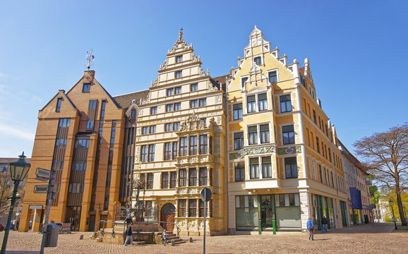 View on Leibniz house and fountain on Wooden Market Square