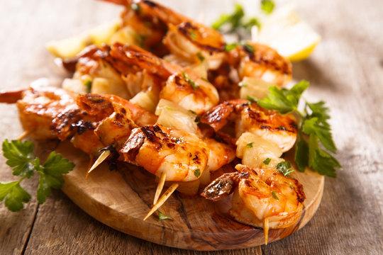 Shrimps skewers