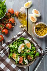 Lamb lettuce salad with eggs