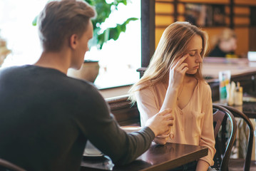 Quarrel between loved young man and woman.