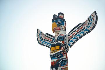 Indian totem poles Fototapete