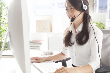 Call centers, telephone marketing, Customer Center