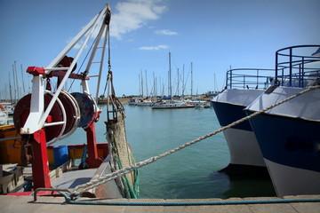 Port de Saint-Vaast-la-Hougue.