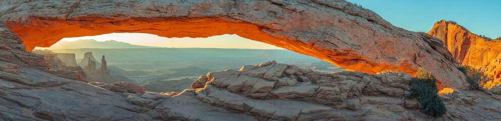 Spoed Fotobehang Canyon Mesa Arch, Canyonlands National Park, Utah, USA