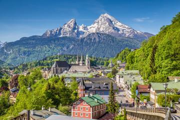 Wall Mural - Historic town of Berchtesgaden with Watzmann, Berchtesgadener Land, Upper Bavaria, Germany