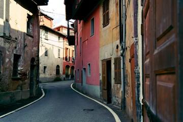 Sostegno, paese antico colorata