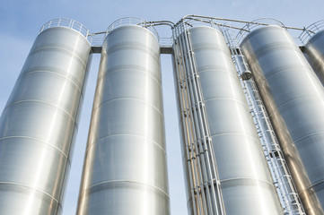 Industrial silos in the chemical industry