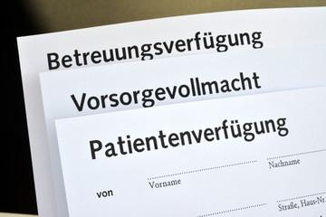 Patientenverfügung, Vorsorgevollmacht, Betreuungsverfügung, Formulare, Alter, Krankheit, Demenz, Notar, Betreuer,  Patientenverfügung, Willenserklärung