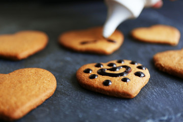Cookies decorating process
