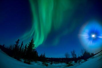 月光とオーロラ