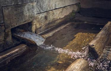 Деревенский колодец  с чистой родниковой водой
