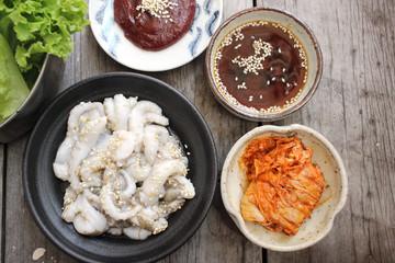 Sannakji octopus korean food