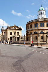 Sheldonian Theatre mit Clarendon Building, Oxford, UK