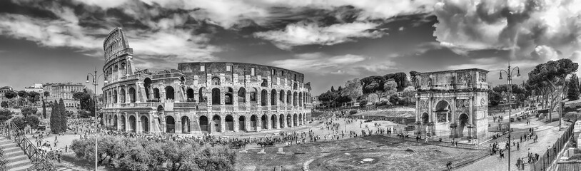 Wall Mural - Panoramic view of the Colosseum and Arch of Constantine, Rome