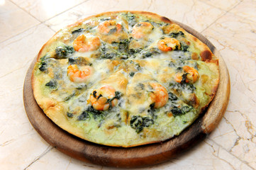 Spinach Garlic Pizza
