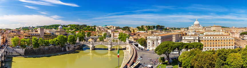 Foto auf AluDibond Rom Tiber river and St. Peter Basilica in Rome
