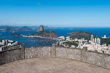 Wall Mural - Dona Marta Lookout Point with the Famous View of Rio de Janeiro City