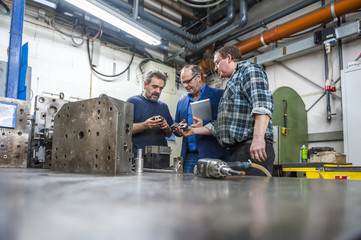 Angebot gmbh kaufen gute bonität Werkzeugbau gmbh mit 34c kaufen GmbH Gründung