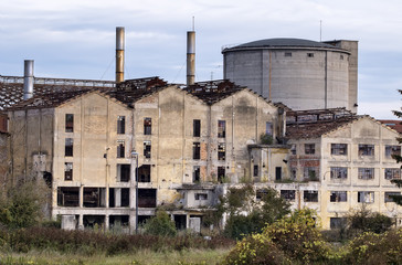 vecchio complesso industriale