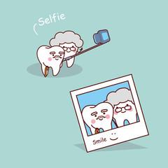 cartoon senior teeth selfie