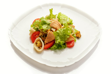 vegetable salad with meat and seafood