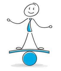 Strichmännchen hätl das Gleichgewicht..Tägliche Fitnes ist der Ausgleich zum Berufsleben