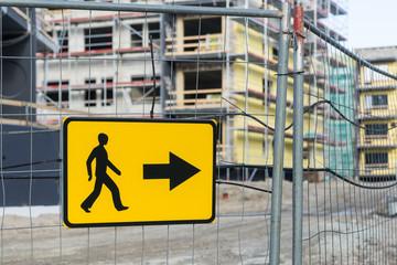 Detour sign for pedestrian sidewalk
