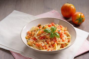 spaghetti tomato.