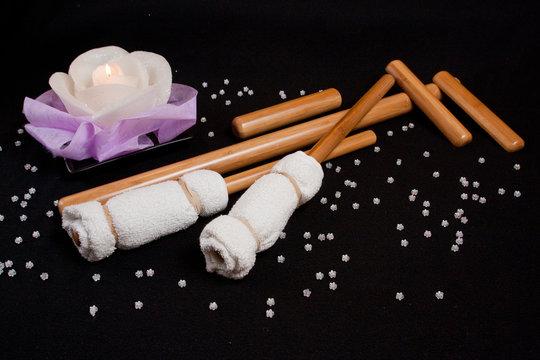 Massaggio naturale con bastoni di bamboo