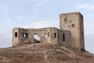 ruinas del antiguo castillo árabe de la Estrella en Teba, Málaga