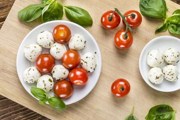 Tomato Mozzarella Salad with Basil