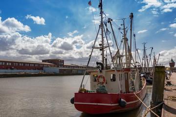 Fischkutter im Hafen von Cuxhaven