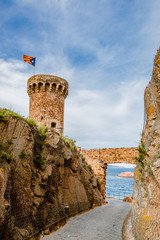 La tour du château de Tossa de Mar