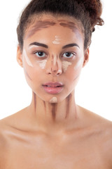 Face contouring with makeup for natural look