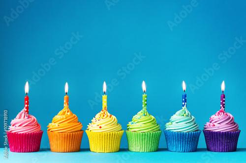 Birthday Cupcakes Stockfotos Und Lizenzfreie Bilder Auf Fotolia