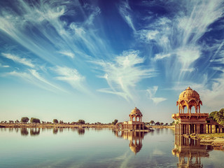 Fotomurales - Indian landmark Gadi Sagar in Rajasthan