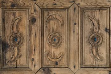 eski kapı tasarımı örneği