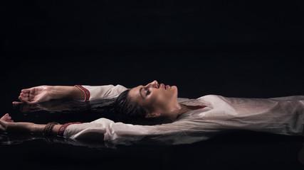 Young drown fantasy woman Fototapete