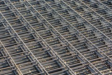 Betonstahlmatten übereinandergestapelt