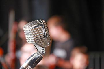 micrófono antiguo recital 8359-f16