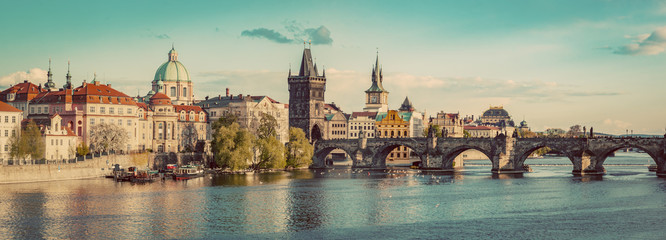 Fototapeten Osteuropa Prague, Czech Republic panorama with historic Charles Bridge and Vltava river. Vintage