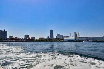 船上から見た横浜の風景