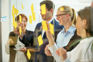 Startup Business Team sucht Ideen