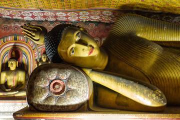 Foto auf Acrylglas Tempel Tempelhöhle von Dambulla