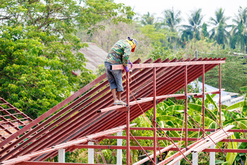Roof steel architecture under construction