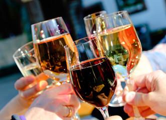 Weißwein, Rotwein, Rosé und Sekt - schmeckt
