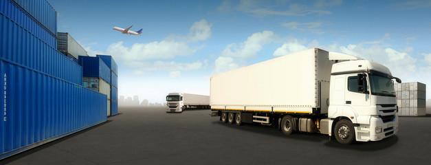 Logistics at the Port