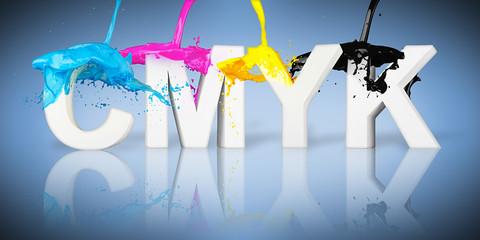 CMYK wild color paint splash on letter logo / CMYK Farbspritzer auf  Buchstaben logo